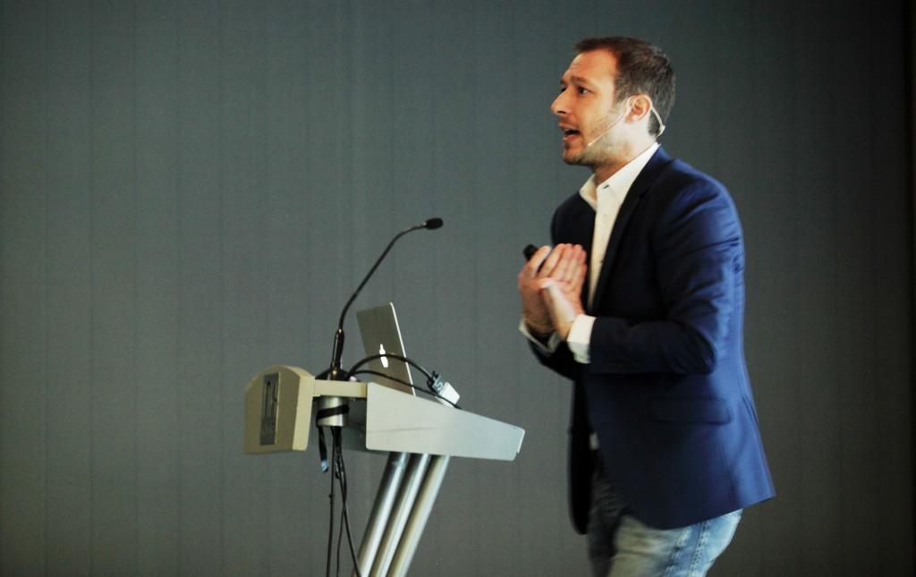 Juan Merodio, promotor de Business in Change y un buen ejemplo de conferenciante. Fotografía de Isabel Ruiz.